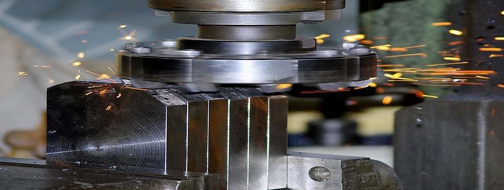 Расточные работы по металлу